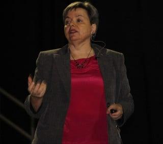 Giselle Aguiar, AZ Social Media Wiz Presenting at the SCORE 2015 Small Business Symposim
