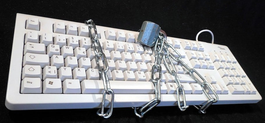 how to avoid getting locked out of your social media